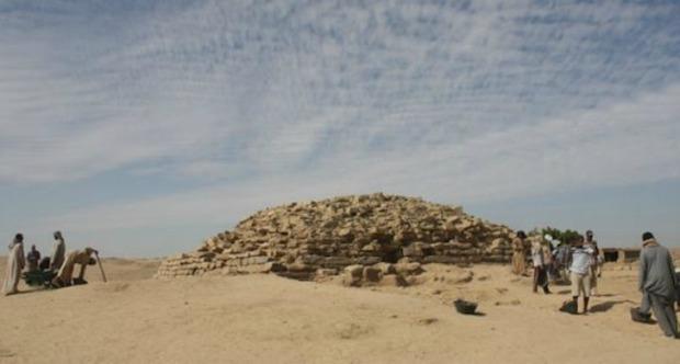 Descubren en Egipto una pirámide de hace 4.600 años