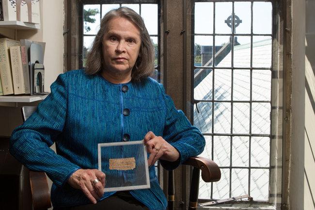 "Harvard admite la falsedad del ""Evangelio de la esposa de Jesús"""
