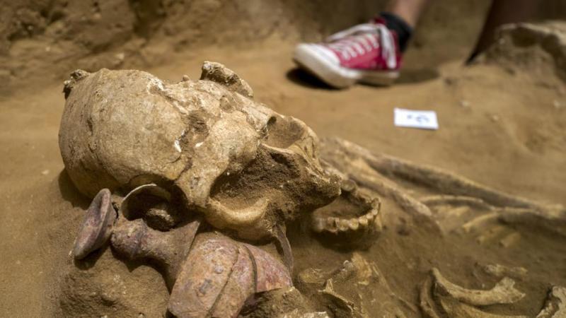 Hallado en Israel el primer cementerio de los bíblicos filisteos