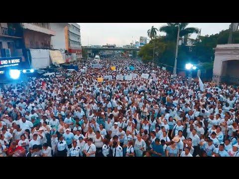 La marcha profamilia en Panamá hace retroceder la ley de salud sexual y reproductiva