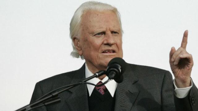 Billy Graham: Los Cristianos no deben ser Obligados a dar Dinero a las Iglesias