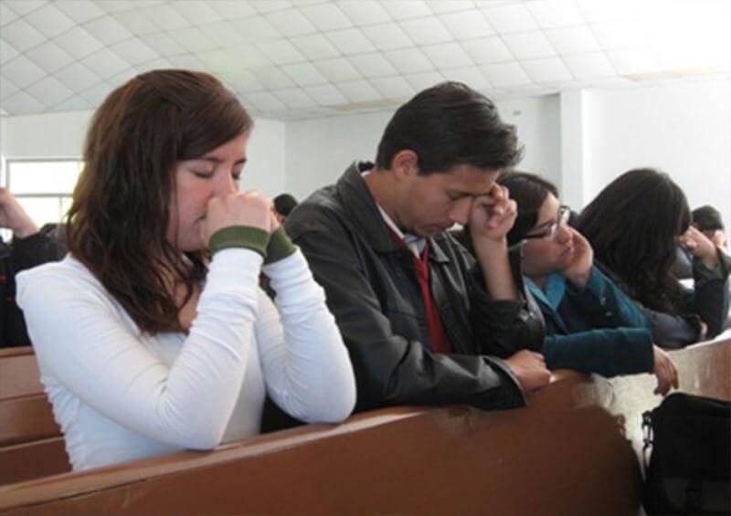 La diferencia entre ir a tu trabajo e ir a la Iglesia a Adorar al Señor.