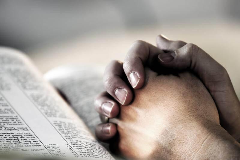 Grupo de evangélicos se manifiesta por medida contra misioneros