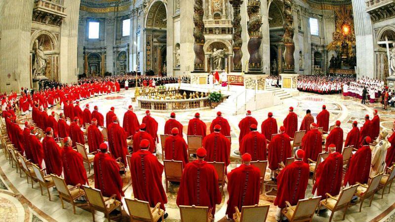 """El Vaticano Apoya la Prohibición de Misioneros Cristianos y afirma que """"Los Evangélicos son Peligrosos"""""""