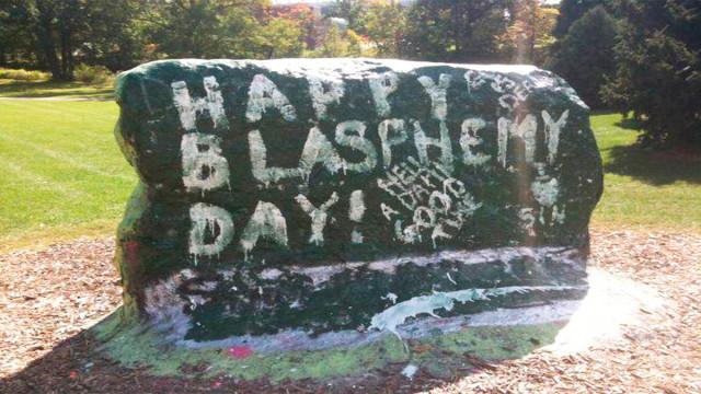 """Permiten a ateos celebrar el """"Día de la Blasfemia"""""""
