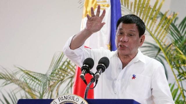 Presidente de Filipinas: Dios me prohibió hablar malas palabras