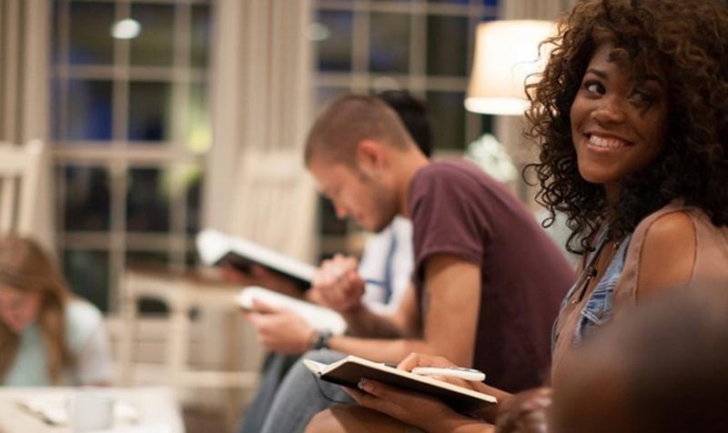 Menos de la mitad de cristianos no leen la Biblia