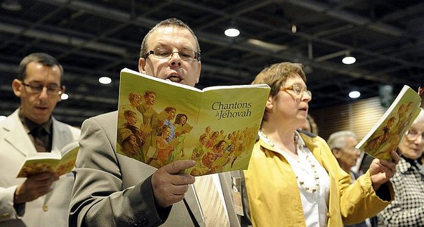 Rusia prohíbe Testigos de Jehová, evangélicos pueden ser los siguientes