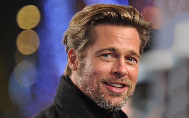 Brad Pitt se burla de don de hablar en lenguas