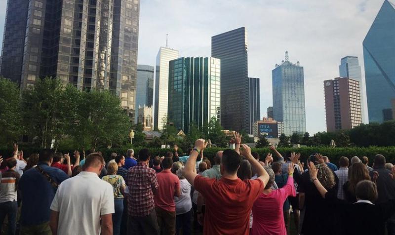 Más de 1.600 personas se convierten después que iglesias se unieran a evangelizar