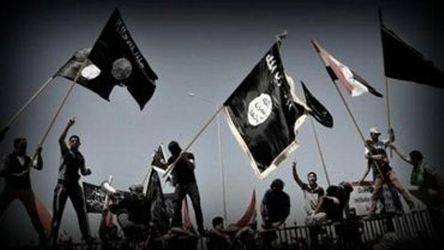 """Estado Islámico declara """"guerra total"""" a cristianos durante Ramadán"""