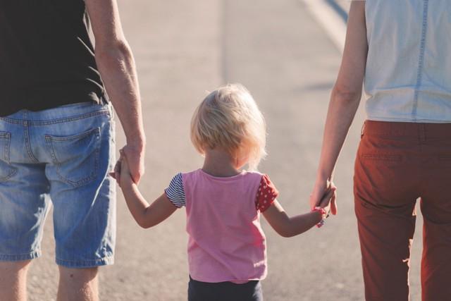 Canadá quiere quitarles hijos a padres que no acepten identidad de género