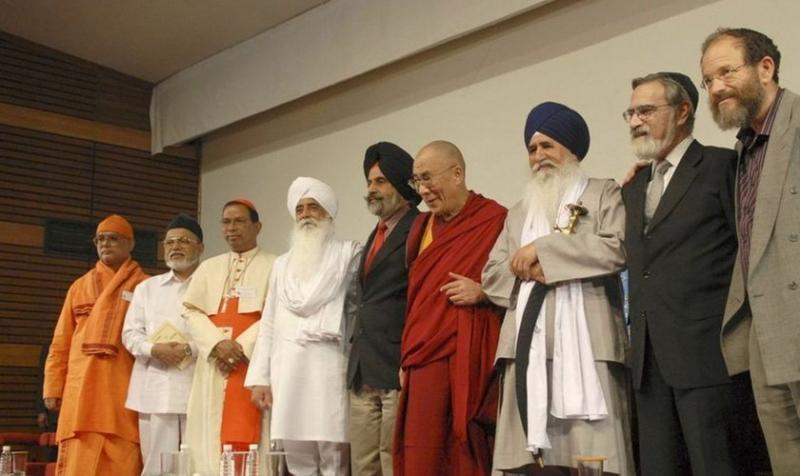 """Líderes religiosos piden """"unión"""" entre personas de diferentes creencias"""