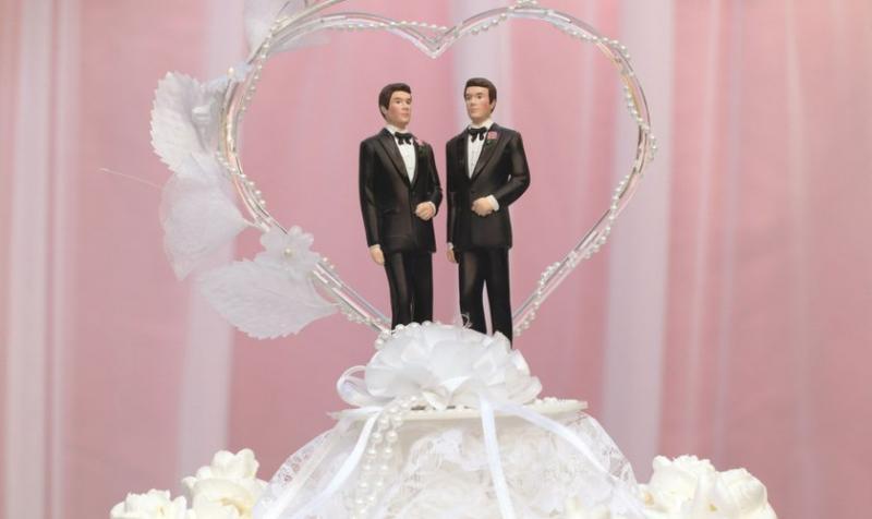 Encuesta: Crece número de evangélicos que apoyan matrimonio gay