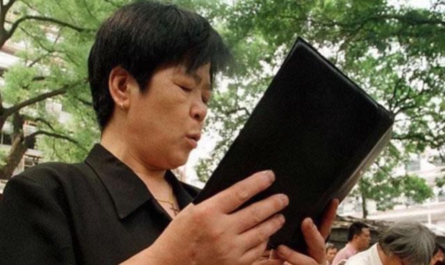 China intensifica persecución tras asesinato de dos misioneros cristianos