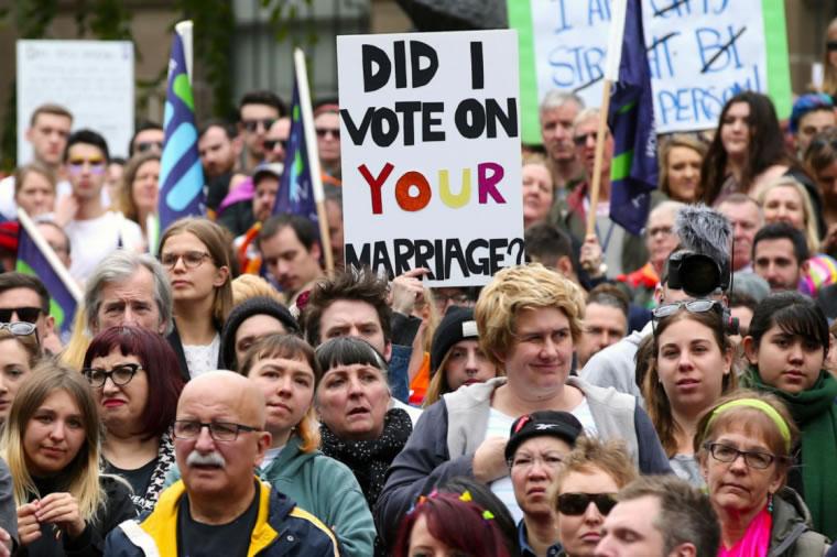 Mayoría de cristianos australianos respaldan matrimonio gay antes del voto nacional