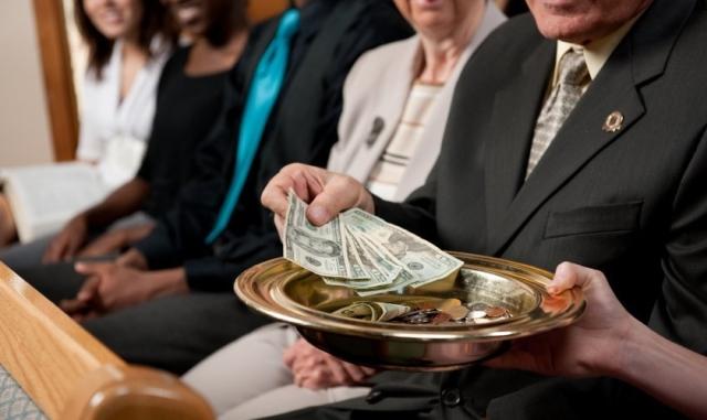 Encuesta: Diezmo no debe ir necesariamente a la iglesia local, dicen pastores