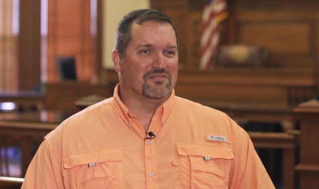 Hombre condenado a 500 años de prisión evangeliza en la cárcel, tras convertirse