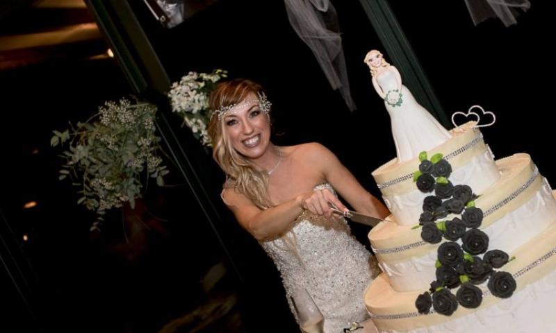 Hasta donde puede llegar la locura: Una italiana de 40 años se ha casado consigo misma