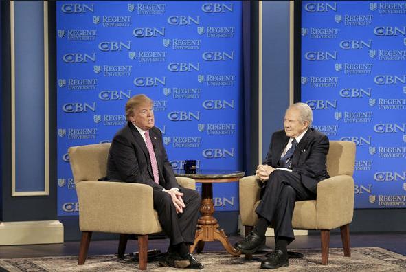 "Pat Robertson: ""Falta de respeto a Trump y la Biblia causó masacre en Las Vegas"""