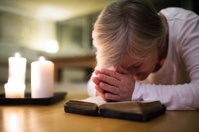Mayoría de población mundial considera que religión hace más bien que mal