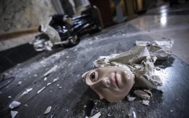 200 iglesias alemanas atacadas y símbolos cristianos destruidos