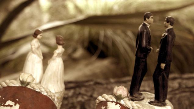Iglesias pro-LGBT no encuentran parejas gays a las que casar