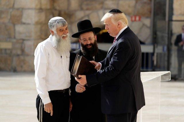 Rabinos comparan a Trump con Josué resaltando cumpliendo de profecía de Isaías