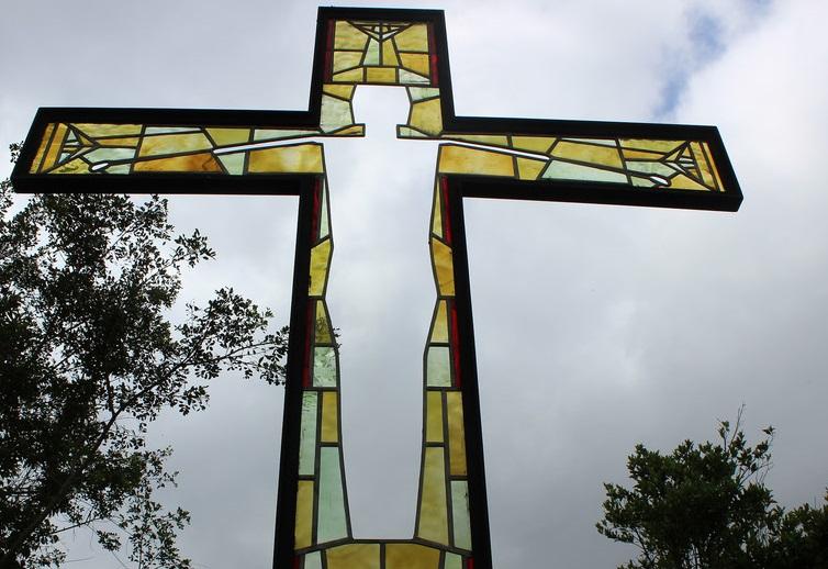 """Iglesias de Suecia predican """"Jesús sin género"""" para promover inclusión"""