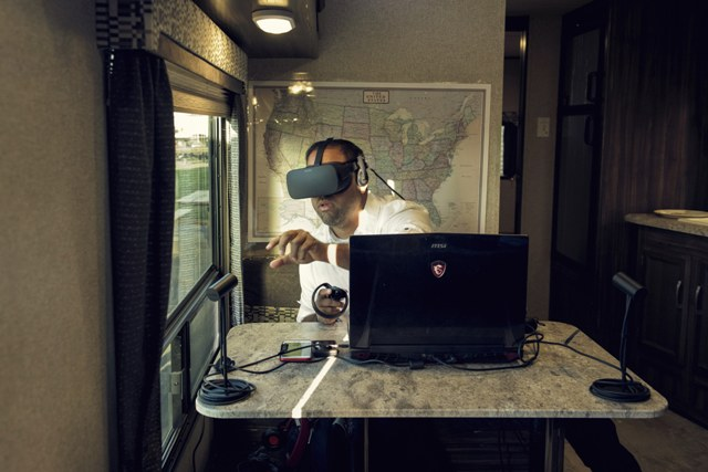 Pastor crea la primera iglesia en realidad virtual
