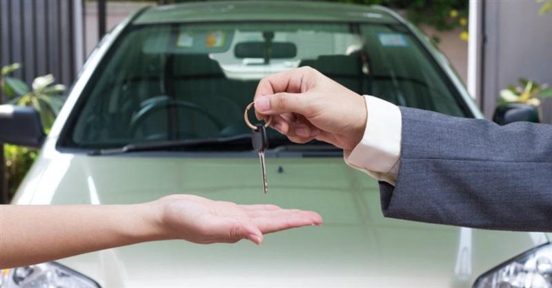 Iglesia regala 5 autos: Queremos ser 'exageradamente generosos', dice pastor