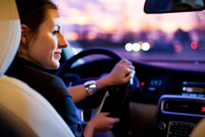 Mujer cuenta cómo usa Uber para evangelizar pasajeros