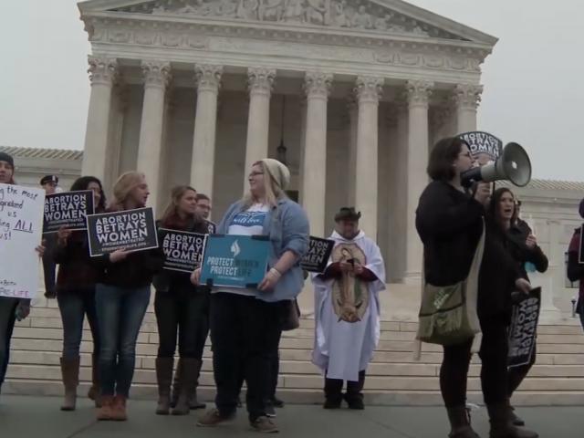 Cada vez más marchas del Día Internacional de la Mujer promueven temas antibíblicos