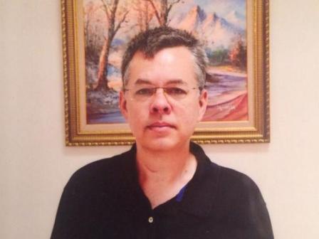 Encarcelado por su fe, pastor estadounidense será sometido a juicio en Turquía