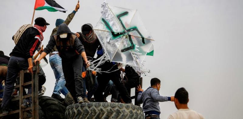 Palestinos usan bombas incendiarias para destruir plantaciones en Israel