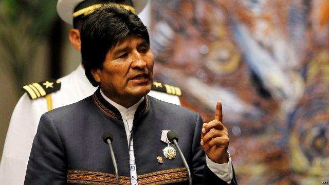 Institutos cristianos pueden ser cerrados por orden de Evo Morales