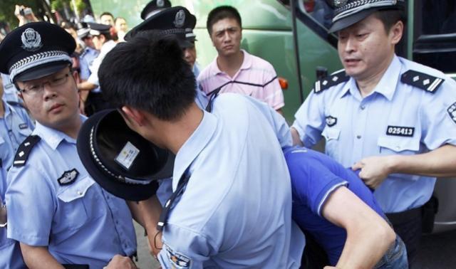 Cristiano habló sobre Jesús a policía mientras era golpeado, en prisión en China