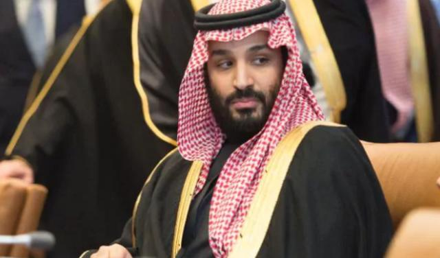 Príncipe heredero concede permiso para que cristianos realicen cultos en Arabia Saudita