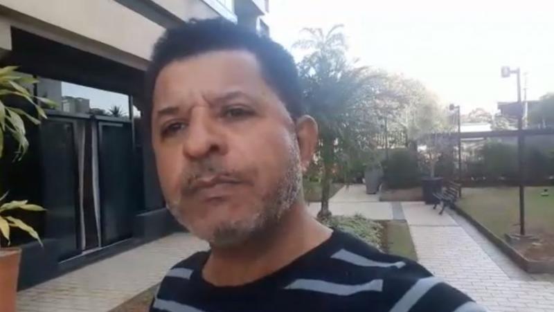 """Red social bloquea cuenta de pastor que criticó concurso de """"Jesucristo Gay"""""""