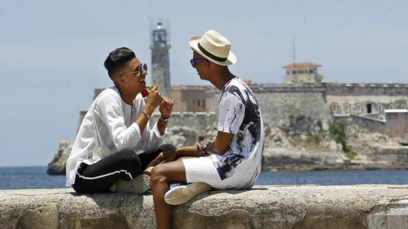 Asamblea Nacional de Cuba aprueba matrimonio homosexual
