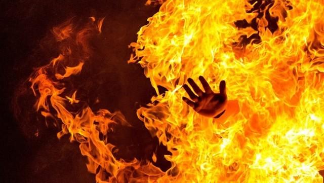 Pastor y su familia son quemados vivos por extremistas