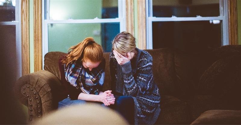 Cristianos educan a sus hijos en hogar por temor a ataques