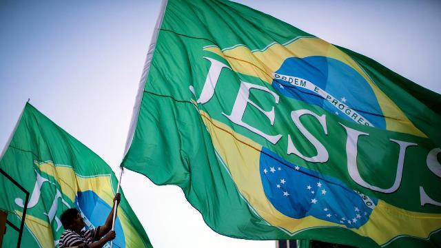Voto de evangélicos en elecciones de Brasil será clave