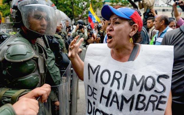 Misioneros evangélicos llevan comida y biblias a Venezuela