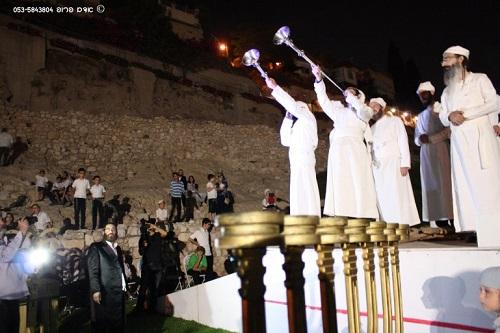 Sacerdotes pro Tercer Templo retoman ceremonia milenaria