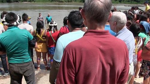 Más de 400 indios se convierten al escuchar el Evangelio
