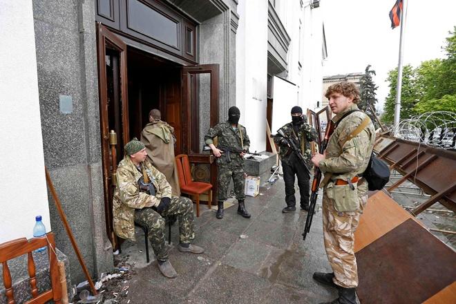 Soldados rusos invaden y cierran iglesias evangélicas