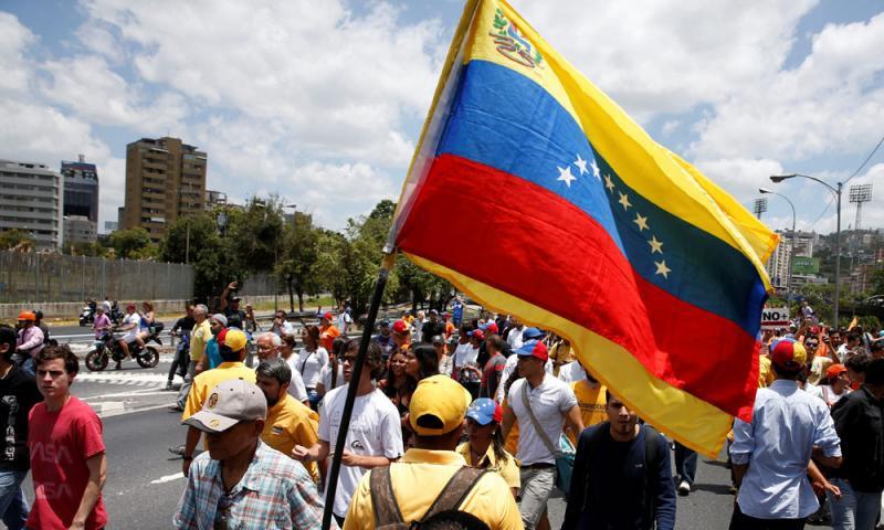 Pastor arrestado y acusado falsamente de tráfico en Venezuela