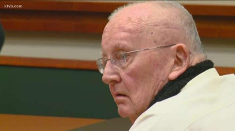 Sacerdote atraído por satanismo es condenado a 25 años de cárcel