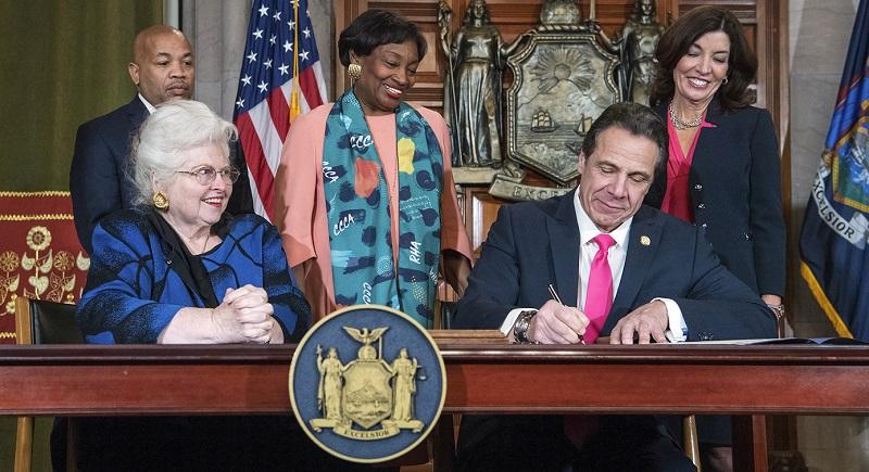 7 estados ya permiten el aborto hasta el nacimiento, no solo Nueva York